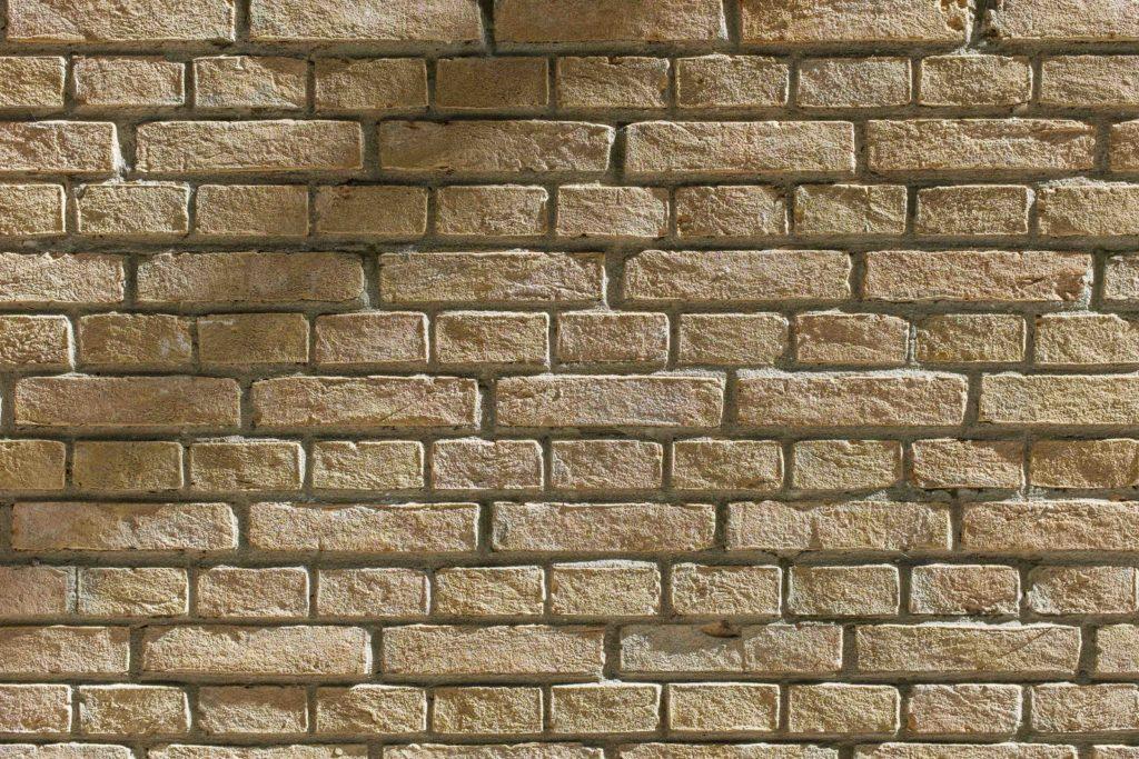 Muros de mampostería de piedra regular