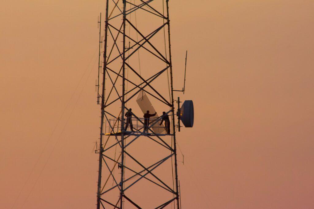 Medio fisico transformado telecomunicaciones